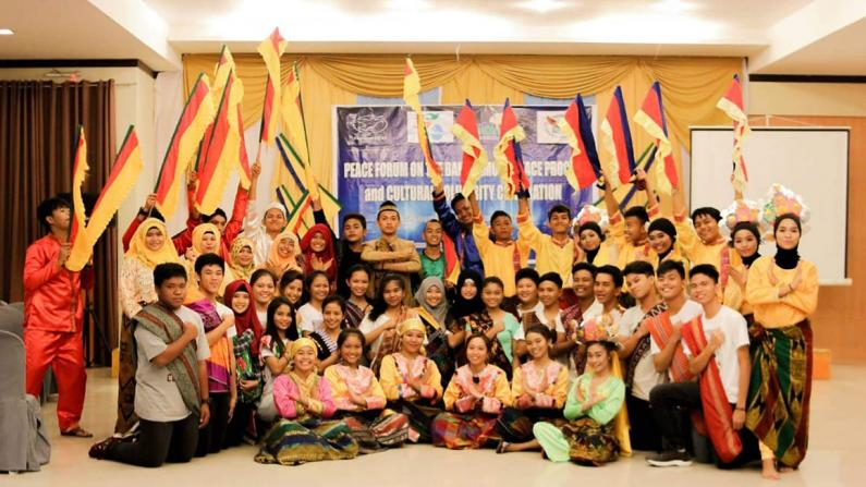 Group picture of Peace Forum on Bangsamoro Peace Process and Cultural Soldarity